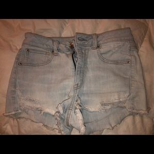 American Eagle size six Shorts